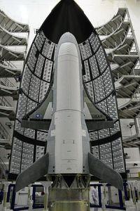 300px-X-37B-fairing